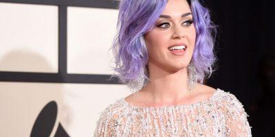 Katy Perry se desnuda para ganar votos a favor de Hillary Clinton