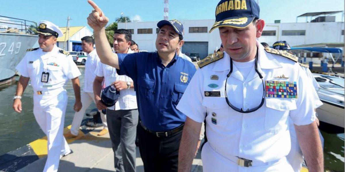 Desde Colombia, el presidente Jimmy Morales escribe en Facebook y aboga por la unidad nacional