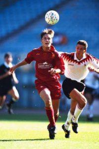 El primer partido de Il Capitano se remonta al 28 de marzo de 1993, cuando ingresó en la victoria por 2 a 0 ante Brescia. Foto:Getty Images