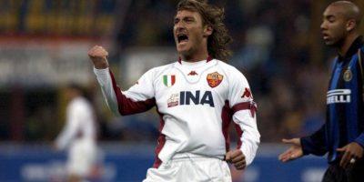 El 20 de septiembre de 2015 anotó su tanto 300 con los capitalinos y se transformó en el jugador que más tantos ha hecho por un equipo italiano. Ya suma 306. Foto:Getty Images