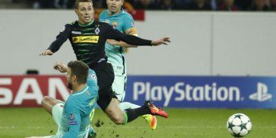 El cuadro azulgrana se repuso y sacó tres puntos en su visita al campo del Borussia Mönchengladbach. Foto:AFP