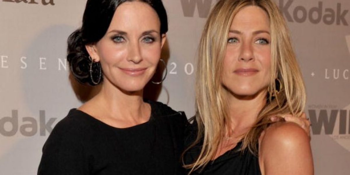 Courtney Cox defiende a Jennifer Aniston tras el divorcio de Brad Pitt