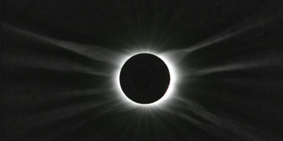 ¿Fin del mundo? Esto es realmente la Luna Negra del viernes