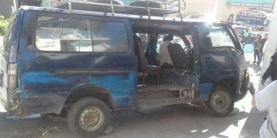 Microbús colisiona contra pared tras perder los frenos y deja 8 heridos en Ciudad Peronia