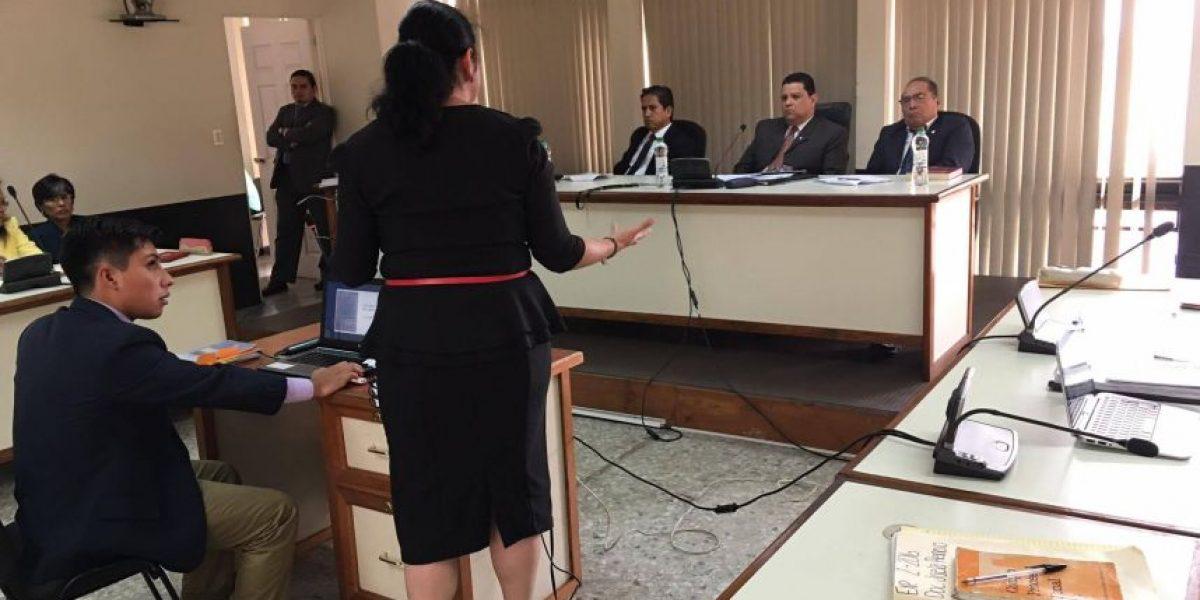 EN IMÁGENES. El atuendo de Jisela Reinoso para defenderse ante el Tribunal