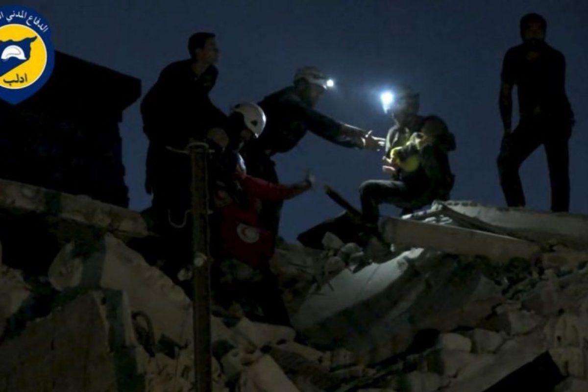 Un grupo de ayuda humanitaria en Siria. Foto:AFP