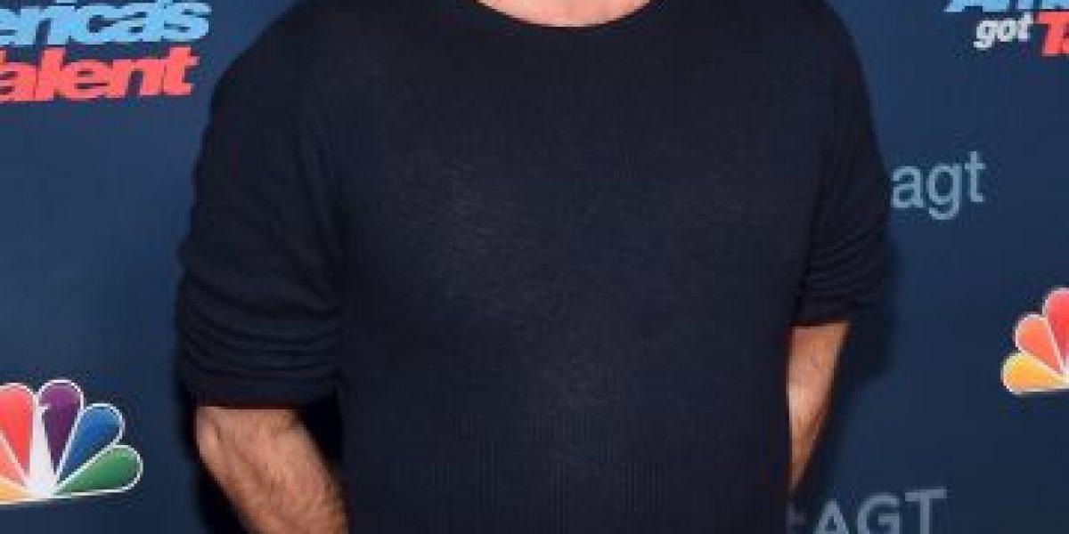 Simon Cowell envuelto en un escándalo por foto con las Spice Girls