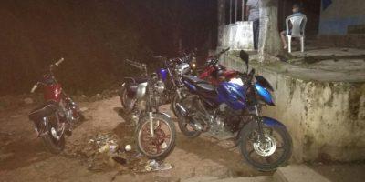 Así terminaron por participar en una carrera clandestina de motos