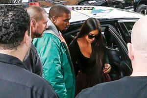 Así llegó Kim Kardashian a Estados Unidos. Foto:Grosby Group