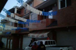 Allanamiento realizado en aldea La Mesilla, La Democracia, Huehuetenango Foto:PNC