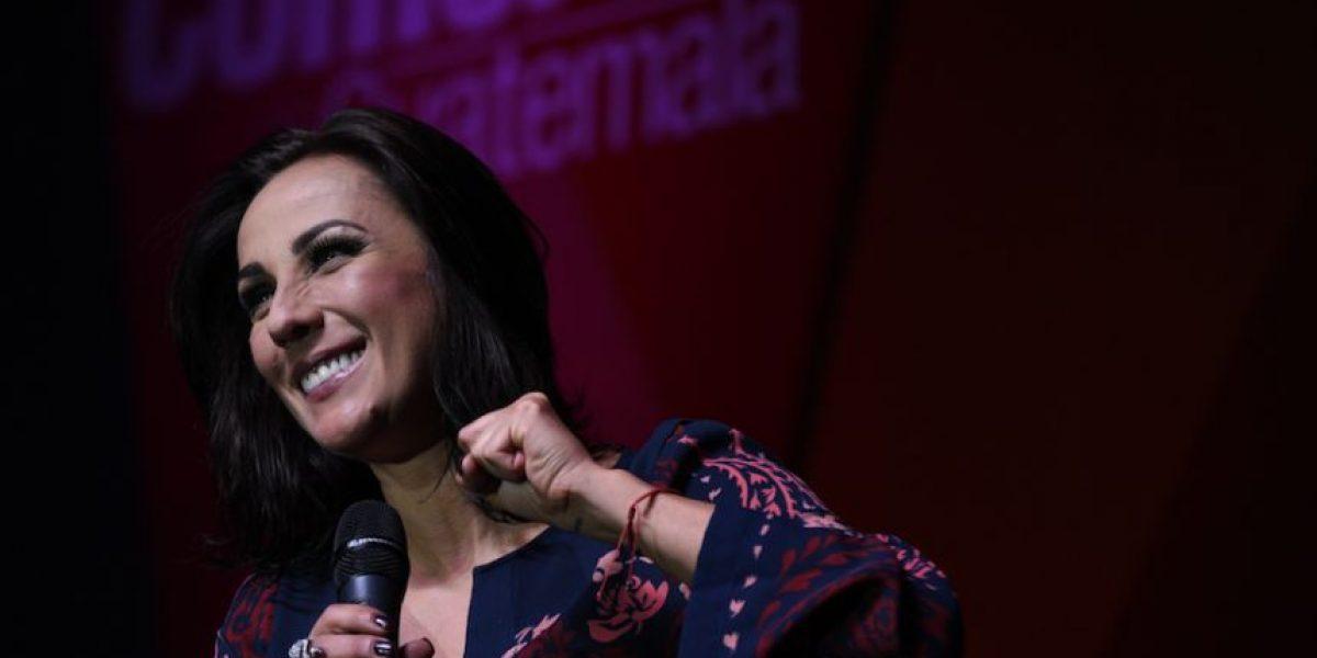La actriz y comediante mexicana Consuelo Duval se roba el show en Guatemala