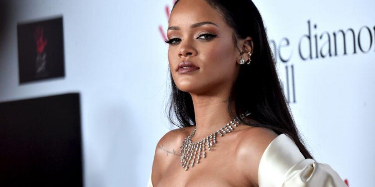 Rihanna sorprende con radical cambio de look