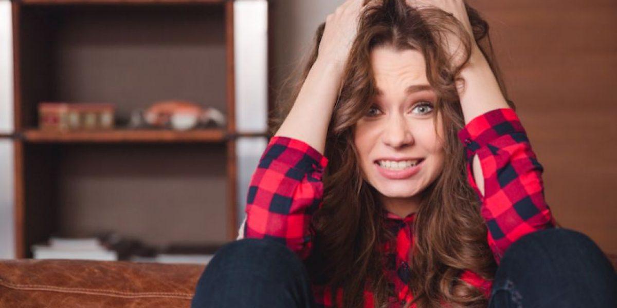 La solución perfecta para limpiar el cabello grasoso sin tener que lavarlo