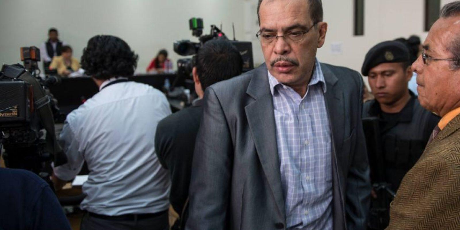 el doctor Erwin Raúl Castañeda Pineda, de 61 años Foto:Oliver de Ros