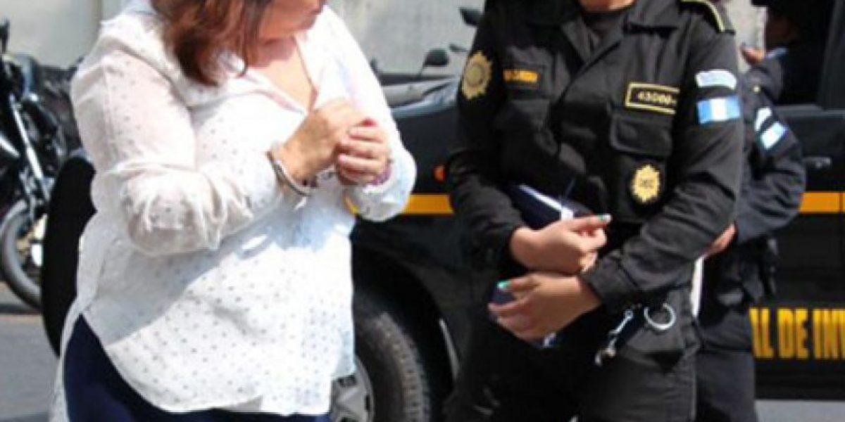 """Tribunal emite condenas a la banda """"los Topacio"""" que estafaba y despojaba propiedades"""