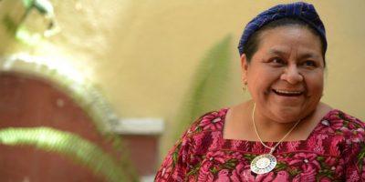 """Rigoberta Menchú destaca """"valentía y lucha incansable"""" de Juan Manuel Santos"""