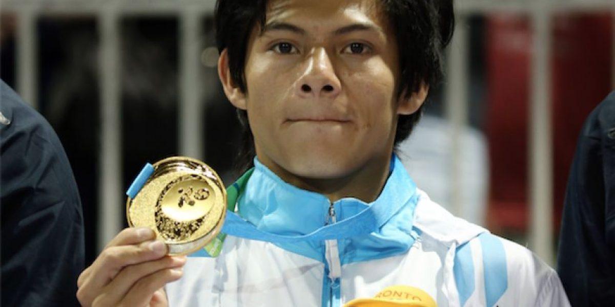 Medallista de oro en Copa del Mundo Jorge Vega recibe mensaje de Jimmy Morales