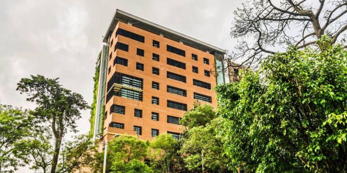 Este edificio tiene los muros verdes vivos más grandes de Guatemala