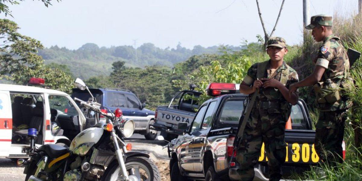 Autoridades discuten reducir acompañamiento de soldados en patrullajes de policía