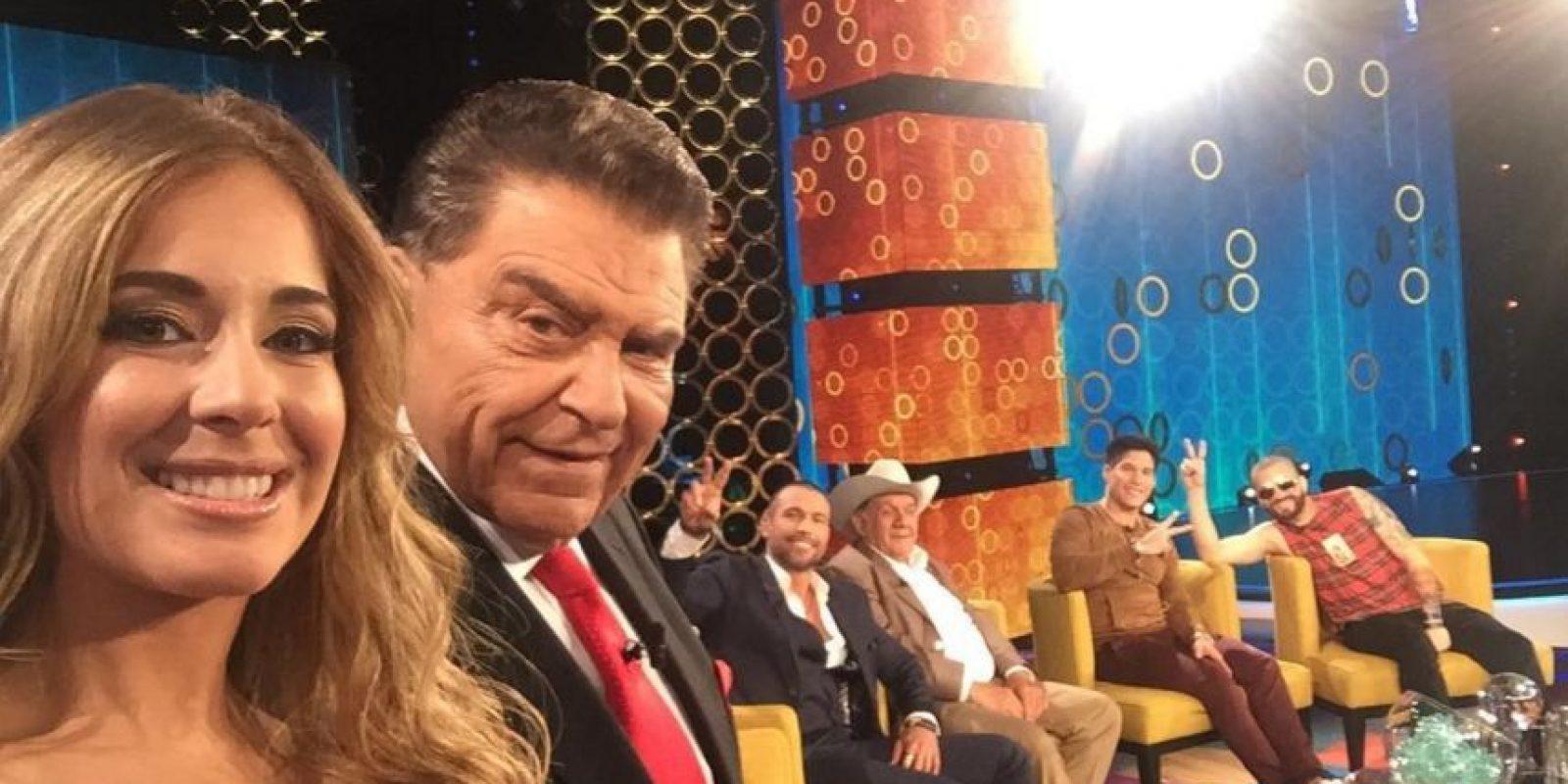 Vía instagram.com/donfranciscoteinvita/ Foto:Inicio el nuevo programa de Don Francisco