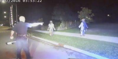 """Detienen a """"payasos asesinos"""" por abandonar a su hija para salir a asustar gente"""