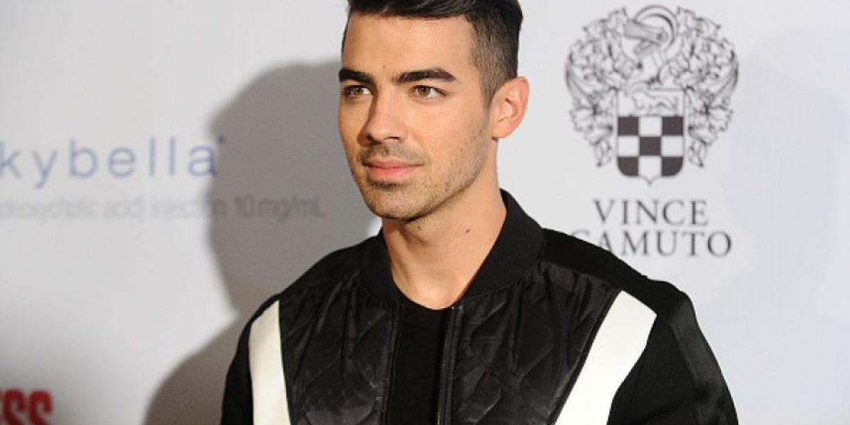 Joe Jonas reveló con qué actriz perdió la virginidad y habló de sus preferencias sexuales
