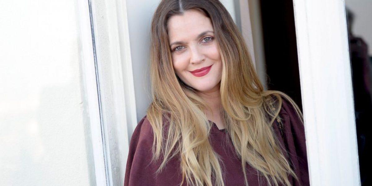 Drew Barrymore comparte foto sin maquillaje y la halagan