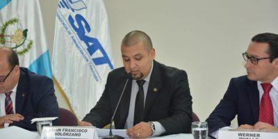 Autoridades de la SAT presentan declaración pública y a esto ascienden sus estados patrimoniales
