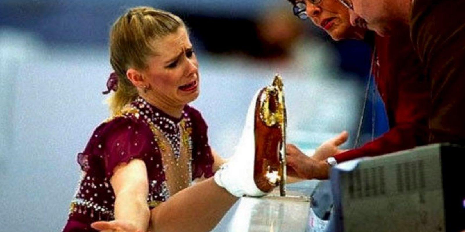 Foto:Tonya Harding. Una patinadora artística de Estados Unidos que después pasó al boxeo. Pero también comercializó una cinta casera