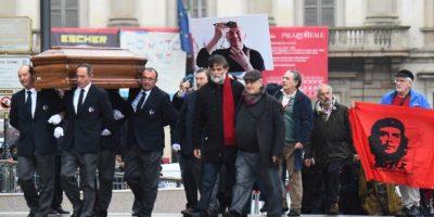 Multitudinario adiós al actor y escritor Dario Fo en Milán