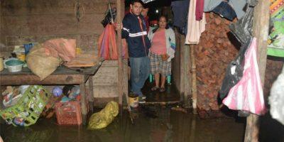 Lluvias dejan inundaciones en Poptún, Petén