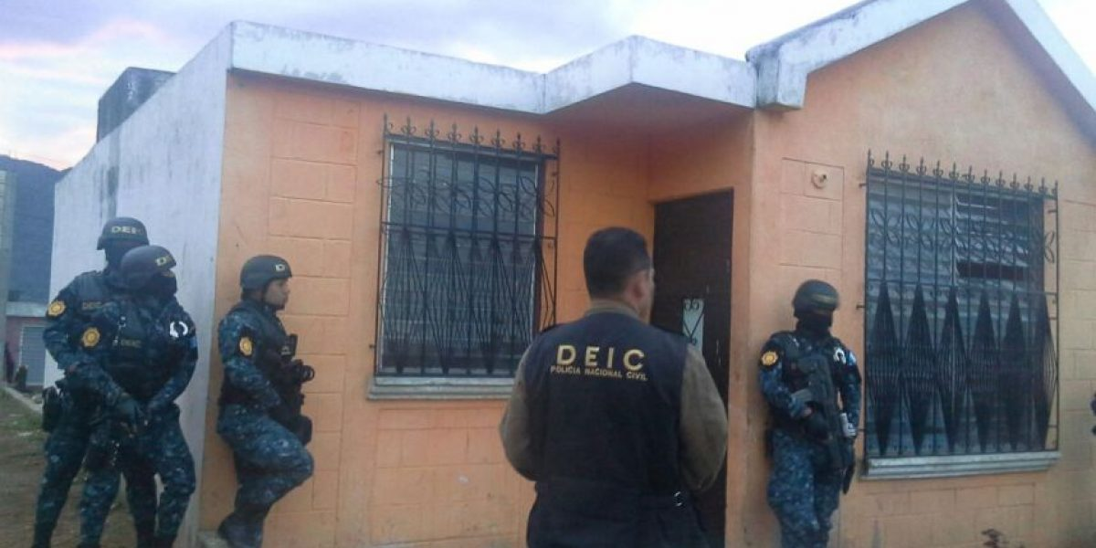 Los capturan por ataque armado contra exagente de PNC