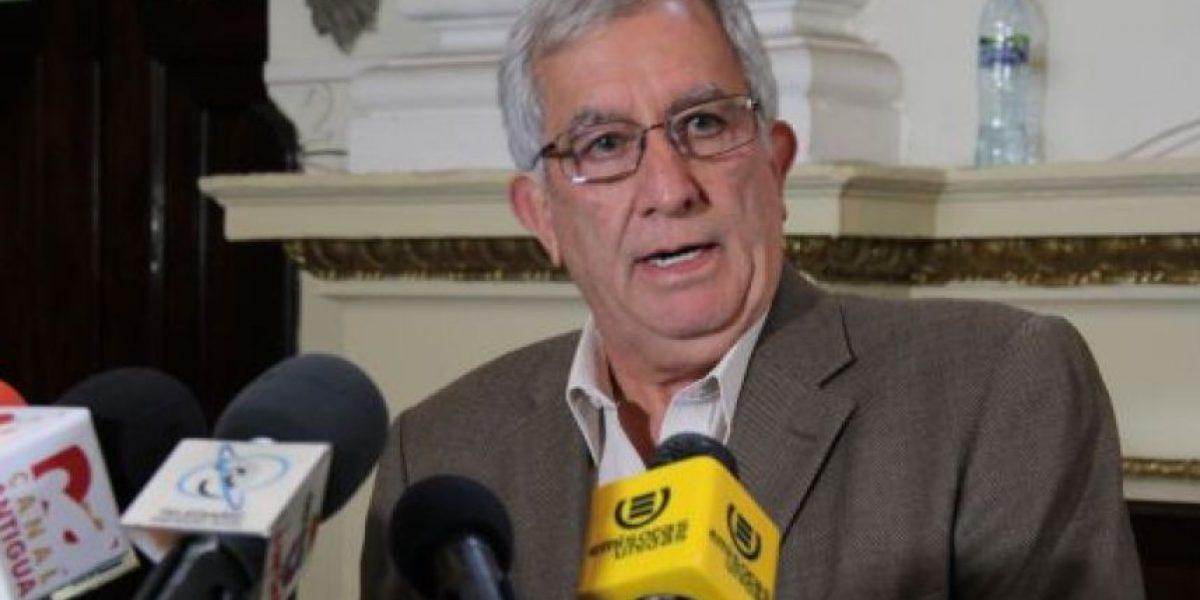 Oficialismo hace alianza con expatriotas por el Congreso