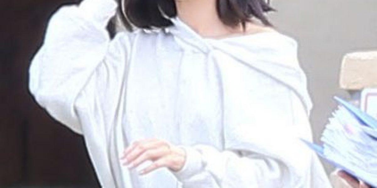 Revelan fotos de Selena Gómez internada en rehabilitación