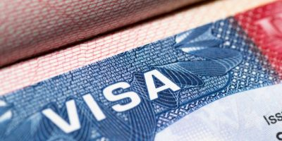 A partir del 1 de noviembre, no podrás utilizar anteojos en la foto de solicitud de visa