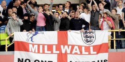Getty Images Foto:En la época donde la violencia de los hooligans estaba destada en Inglaterra, los fanáticos del Milwall eran de los más peligrosos. Organizaron peleas con gran parte de las barras de todos los equipos ingleses y famosos fueron sus enfrentamientos ante los hinchas del West Ham, dejando múltiples fallecidos.