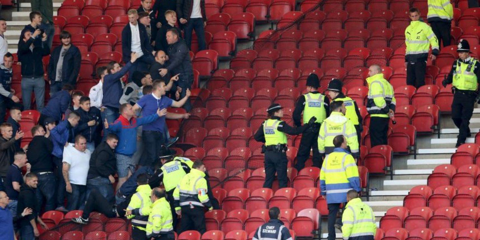 Getty Images Foto:Leeds United no vive su mejor momento futbolístico. Sin embargo, en la época donde brillaron, sus hinchas fueron sembrando el terror alrededor de toda Europa. Hoy en día sus peleas son con la policía que los resguarda en los partidos de la segunda división inglesa.