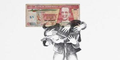 """""""Hablando en plata"""", curiosas piezas dibujadas a partir de billetes guatemaltecos"""