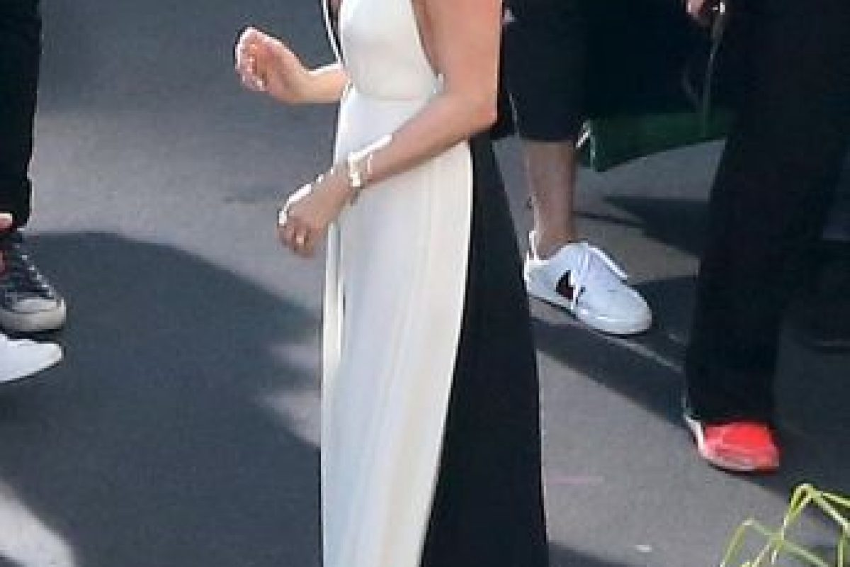 Grosby Group Foto:Sensual y atrevida con provocativo vestido