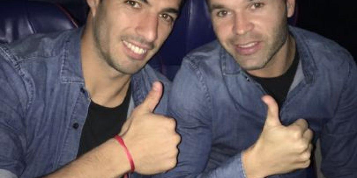 Andrés Iniesta sufre dura lesión y así reaccionan sus compañeros