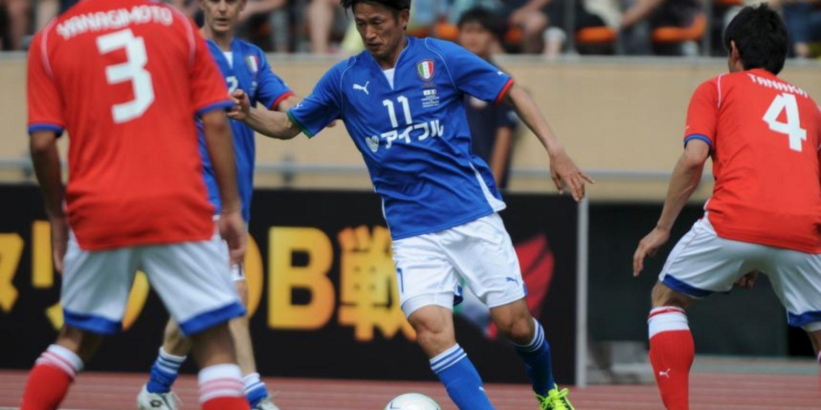 Foto:Mención especial: Kazuyoshi Miura (49 años-Yokohama FC)
