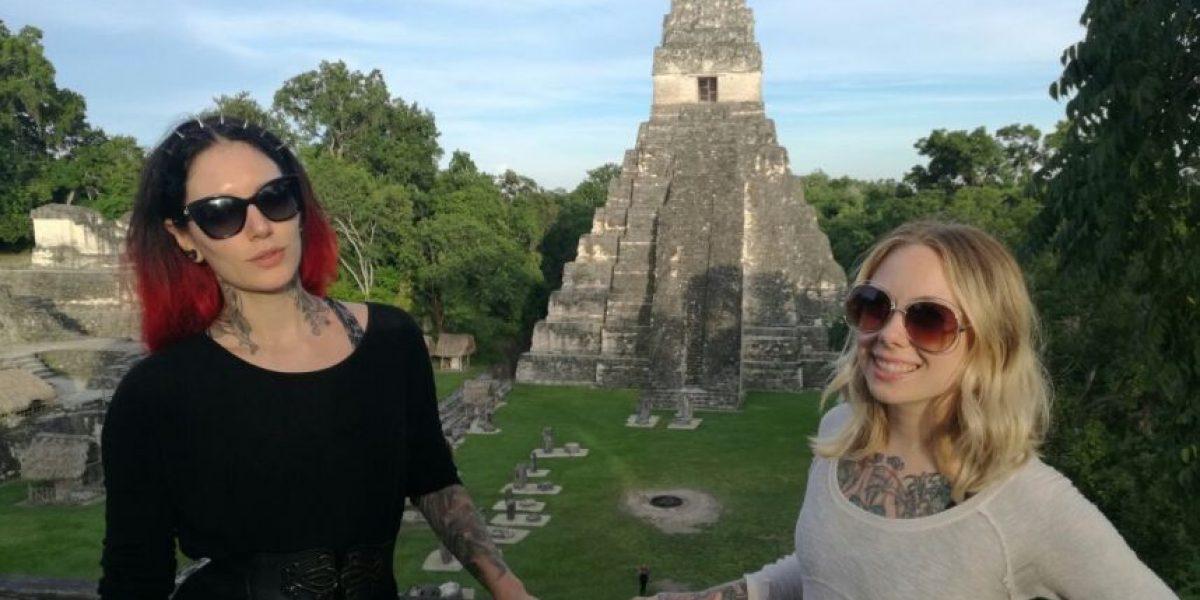 FOTOS: Famosas y sexys tatuadoras visitaron Tikal y se enamoraron de Guatemala