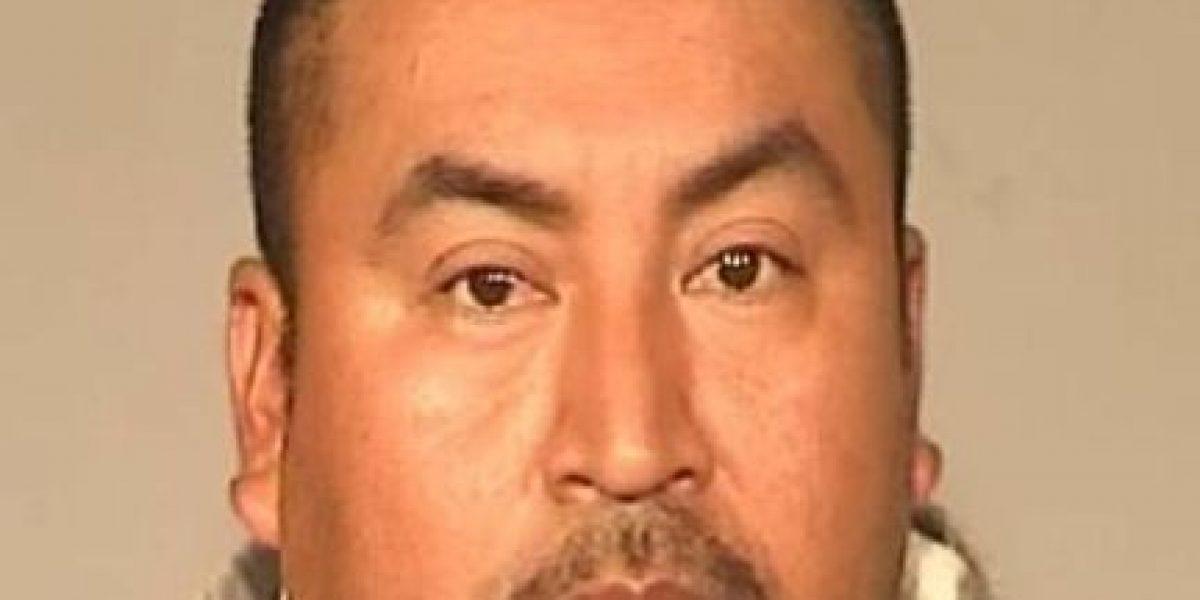 Hombre es sentenciado a prisión hasta el año 3519 por violar a su hija