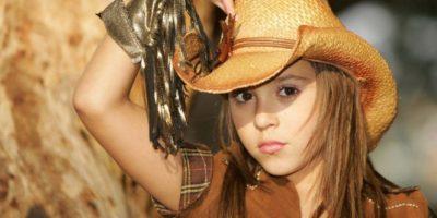 De actriz infantil a sexy mujer, esta mexicana publica foto con escote transparente