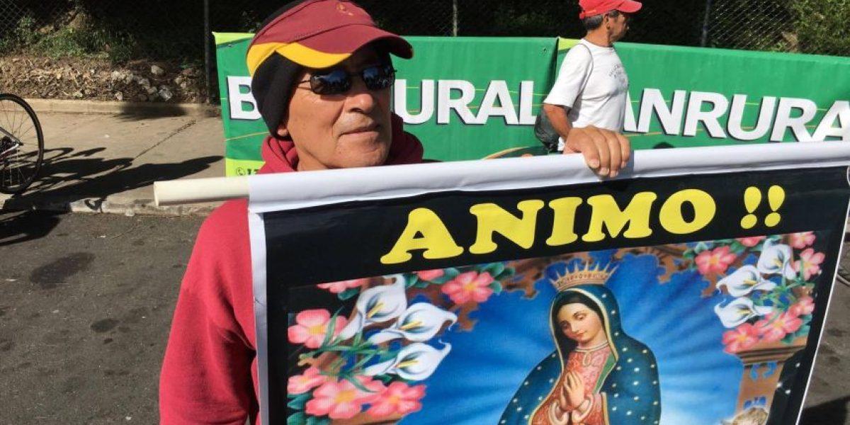 EN IMÁGENES. Antonio le pide a la Virgen de Guadalupe que proteja a los ciclistas