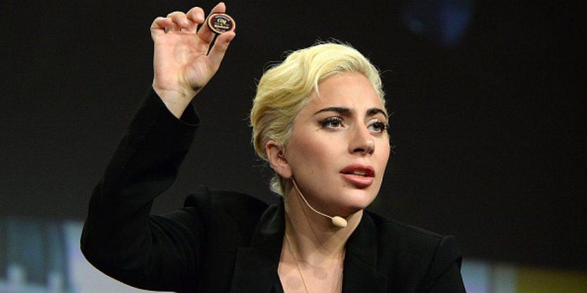 Lady Gaga ya no teme mostrar su celulitis y su ropa interior en público