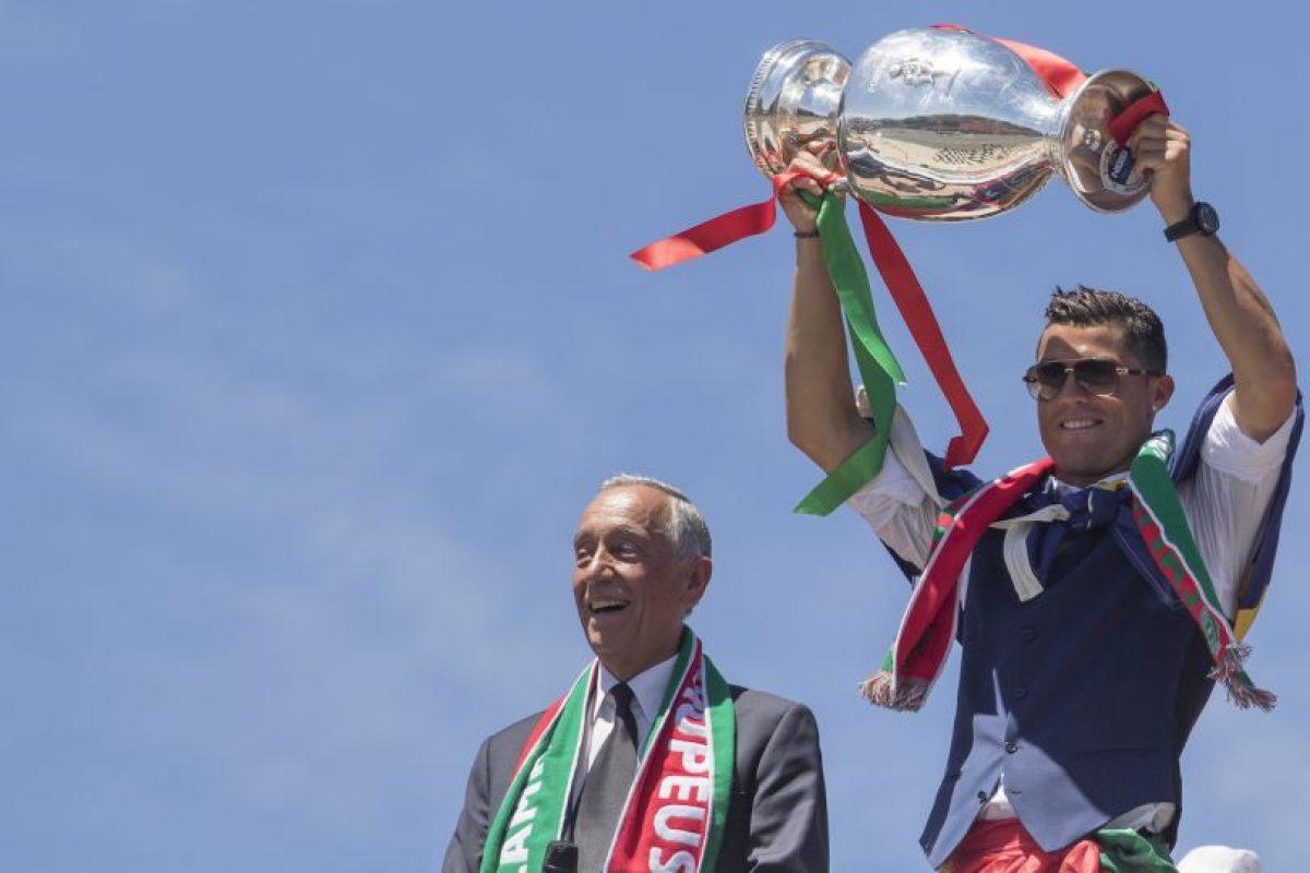 Getty Images Foto:Cristiano Ronaldo (Real Madrid-Portugal): Comandó a Real Madrid a la final de la Champions League y fue fundamental para que levanten la undécima Orejona. Además, por si eso no bastara, fue clave en el título que obtuvo Portugal en la Eurocopa. Sus números y actuaciones lo avalan para ser uno de los favoritos.