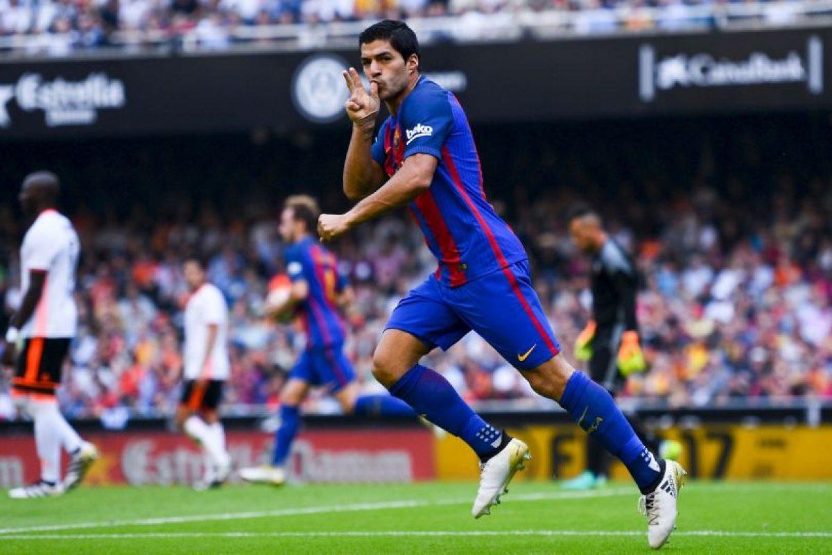 Getty Images Foto:Luis Suárez (Barcelona-Uruguay): El uruguayo tiene impresionantes números goleadores en la temporada pasada y no por nada sumó 40 tantos para ganar la Bota de Oro a máximo goleador de Europa. Goles clave para que Barcelona gane la Liga de España.