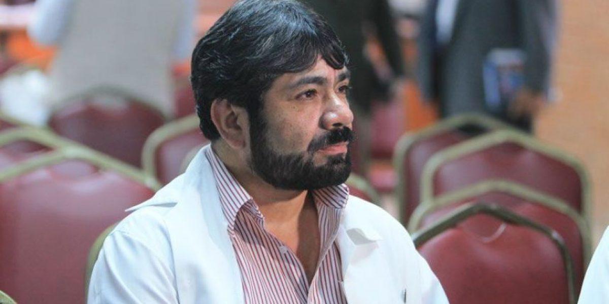 """Destituyen a Julio Figueroa, director del Hospital General San Juan de Dios, para """"mejorar la gestión"""""""