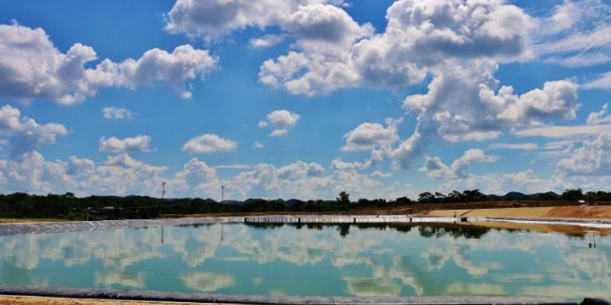 De esta manera buscan evitar la contaminación en el lago Petén Itzá